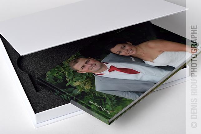 01 livre mariage avec coffret Denis Riou photographe Bruz Rennes Bretagne